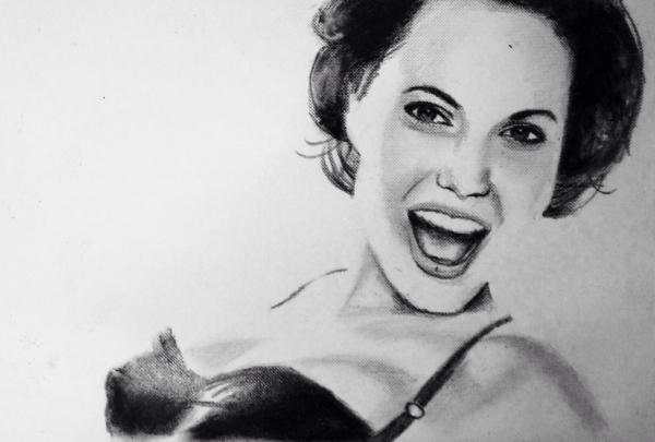 Angelina Jolie par KLARTWORK